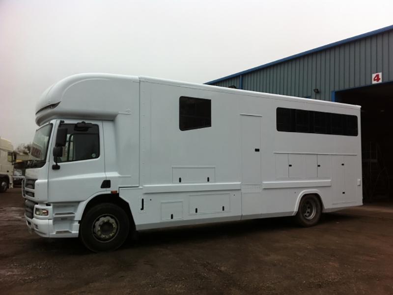 Custom & Unusual Vehicles :: Painting & Refurbishment :: Truckpaint