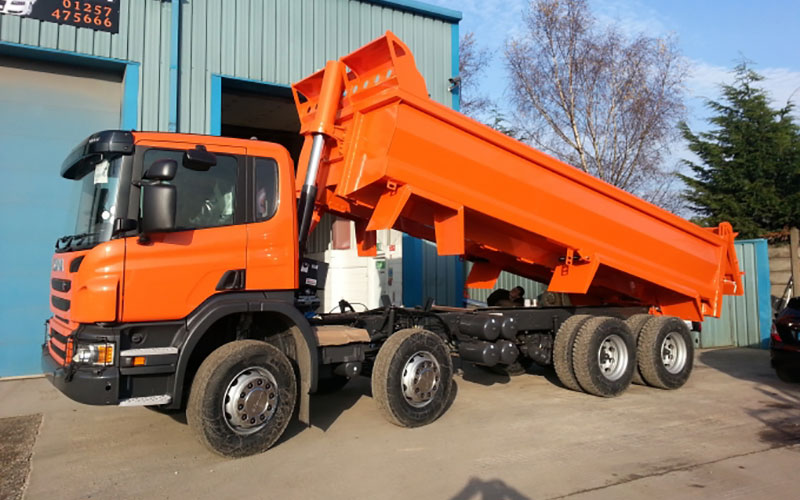 Tippers & Tipper Grabs Vehicle Painting & Refurbishment